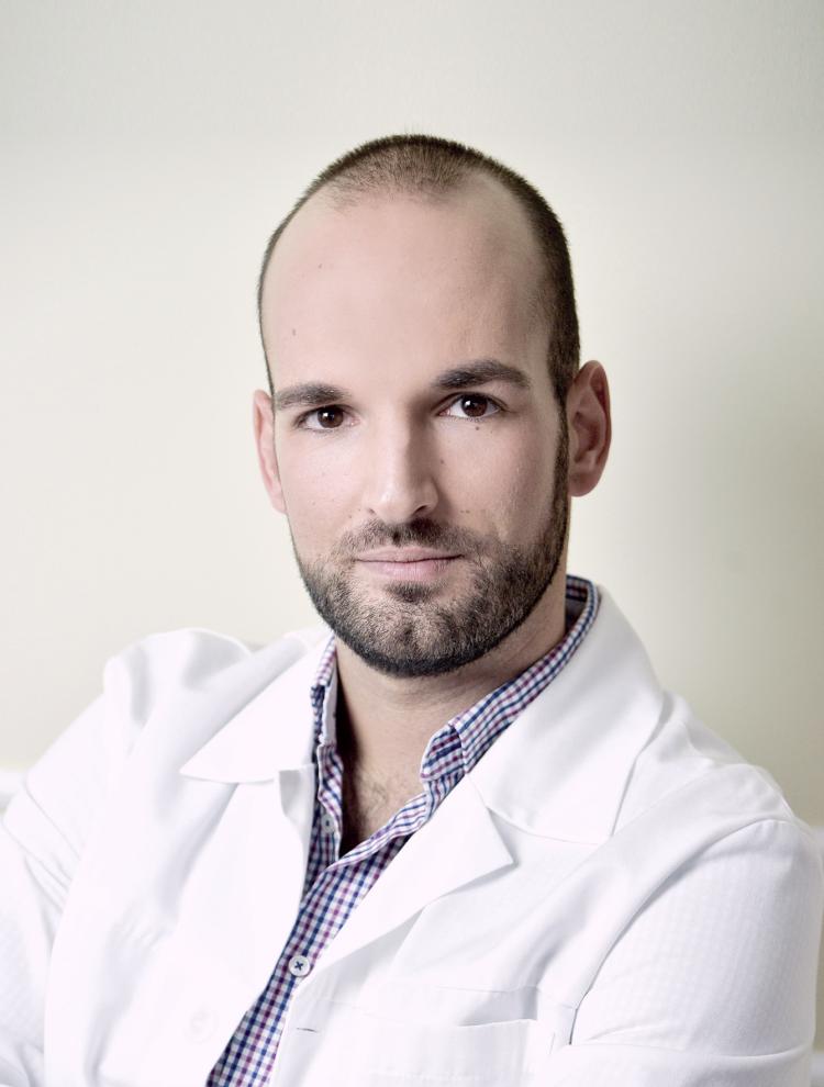 Dr. Tamási Béla bőrgyógyász, kozmetológus szakorvos