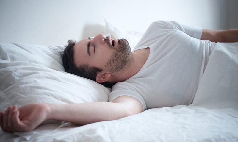 alvási apnoé oké